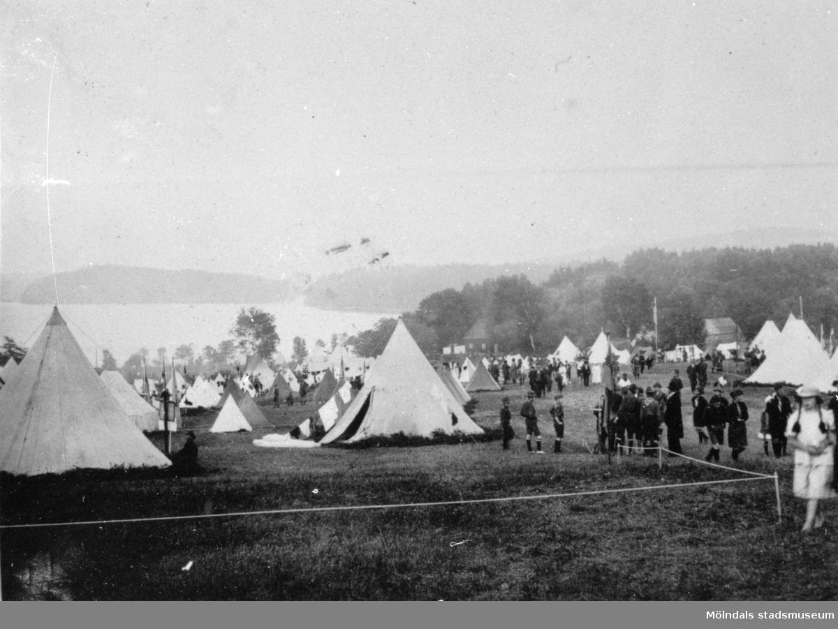 Scoutläger, vy över tältplatsen, 1920-tal.