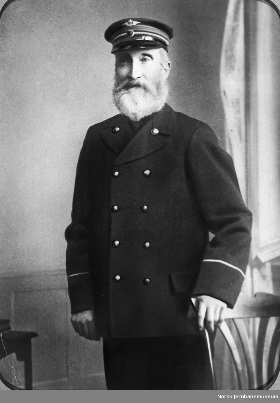 Portrett av baneformann Adolf Svendsen