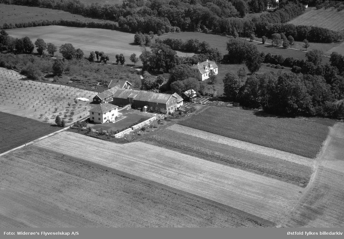 Kubberød gård på Jeløy ved Moss, flyfoto fra 1949.