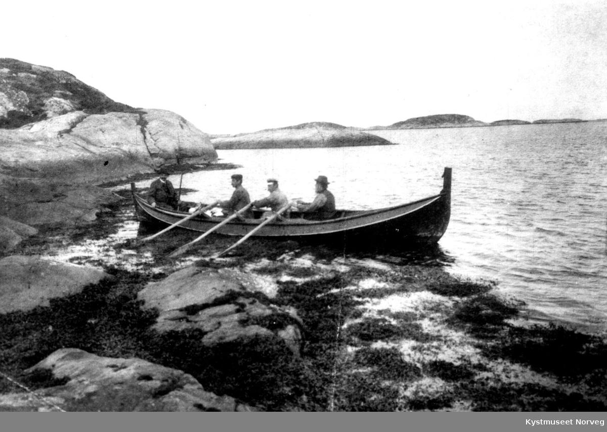 "Flatanger, sjøfugljakt ved ""Halmøya"""