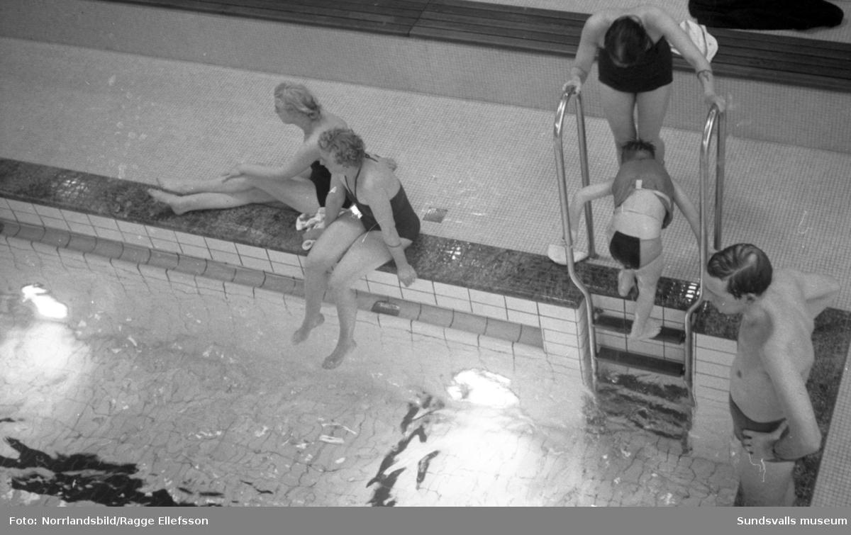 Interiörbilder från badhuset i Timrå.