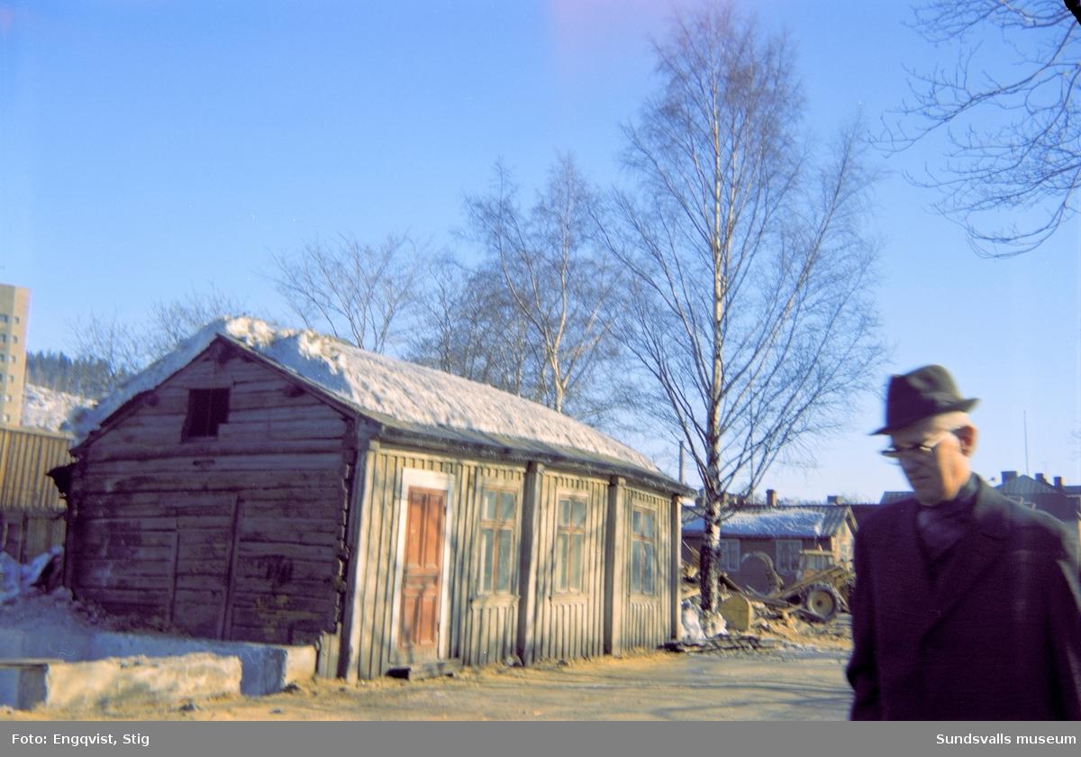 Hus efter Skepparegatan, under rivningarna av Norrmalm.