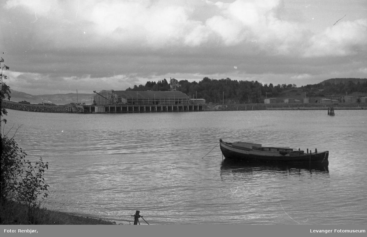 Cementhallan under bygging på Havneområdet.