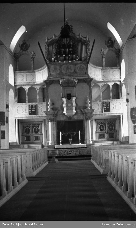 Interiør fra Røros kirke.