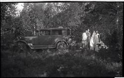 Tur til Sørlandet 1935. Reisefylgjet har slått leir på Rogal