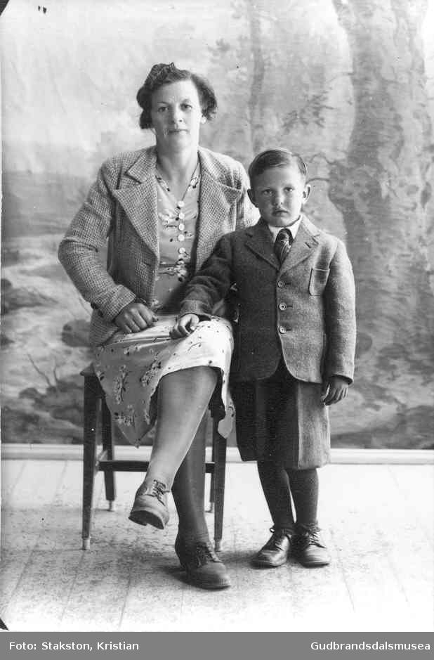Lilly Runningen (f. 1913) og Asgeir Runningen (f. 1938)