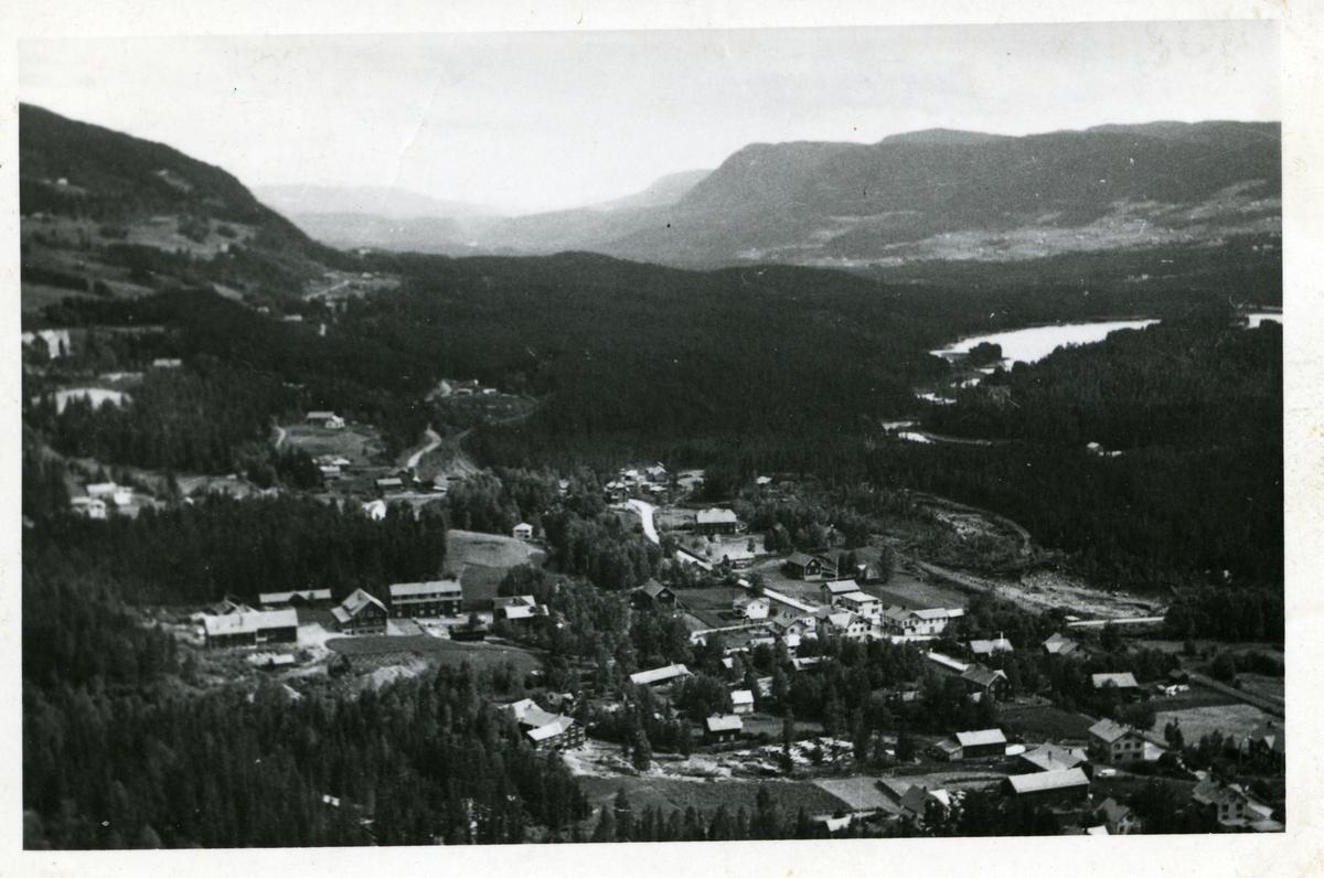 Oversiktsbilde som viser Leira i Nord-Aurdal kommune i Valdres.