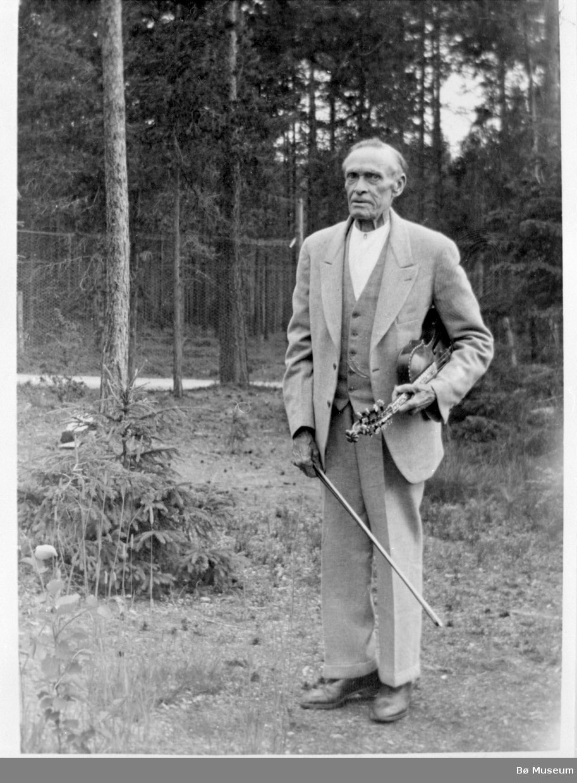 Spelemannen Hans Fykerud d.y. i eldre år