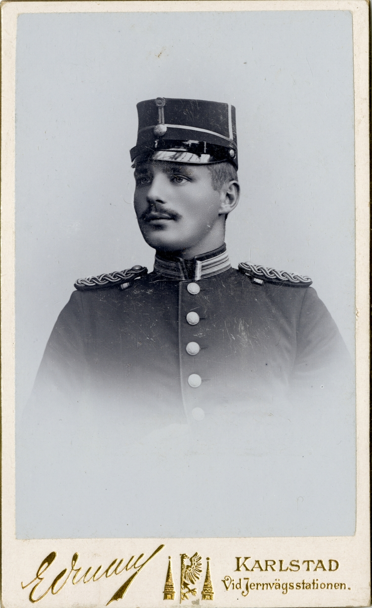 Porträtt av Ivan Falke, löjtnant vid Värmlands regemente I 22.