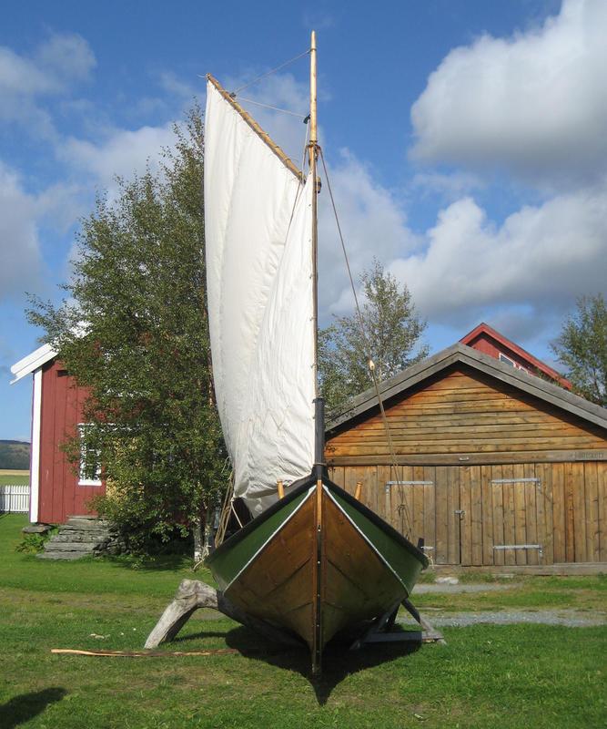 Storfæring rigget med sneseil (Foto/Photo)