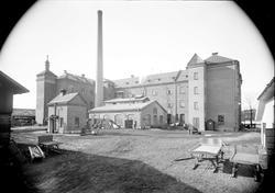 Jästfabriken från gårdssidan, Upsala Ångqvarns AB, kvarteret