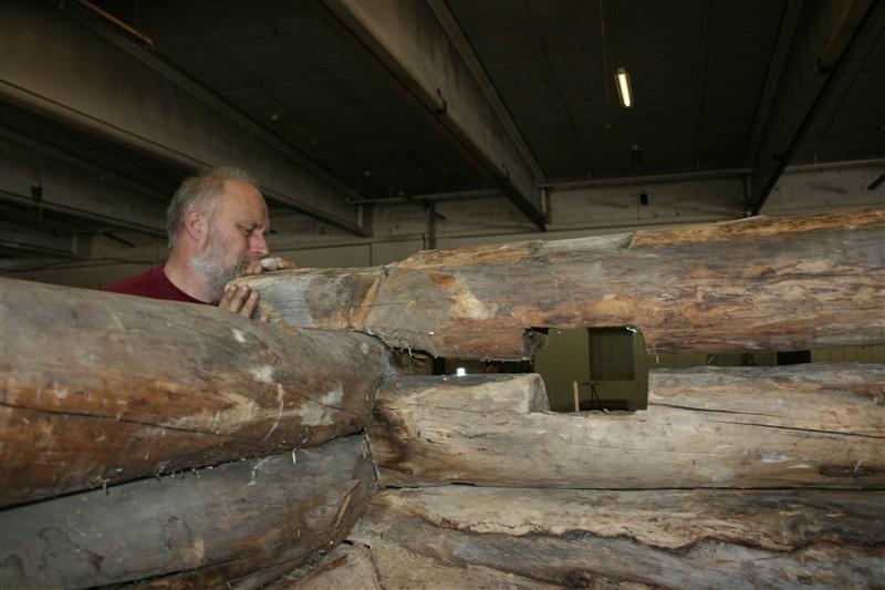 Hull med plass til gulvåser (Foto/Photo)