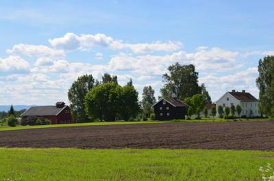 Englaug gård er maleren Edvard Munchs fødested. (Foto/Photo)