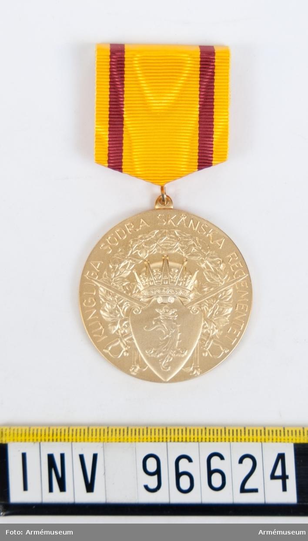 Medalj i guld för Södra skånska regementet.