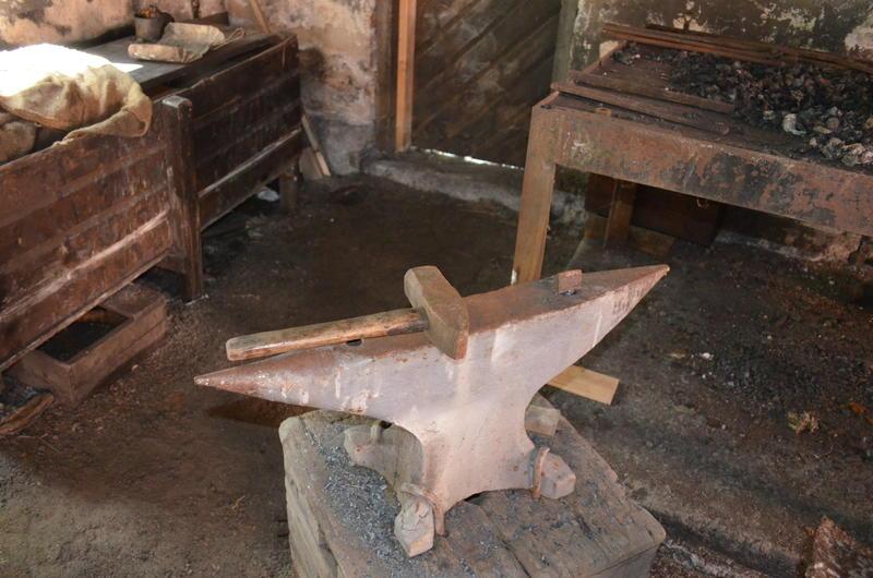 Ambolten var et av smedens viktigste verktøy.