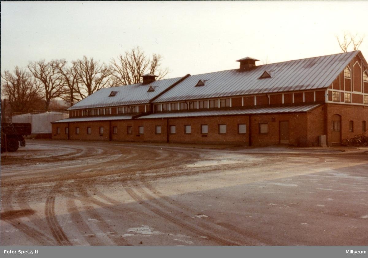 Skolhuset, A 6. Byggnad 010. Album 9.