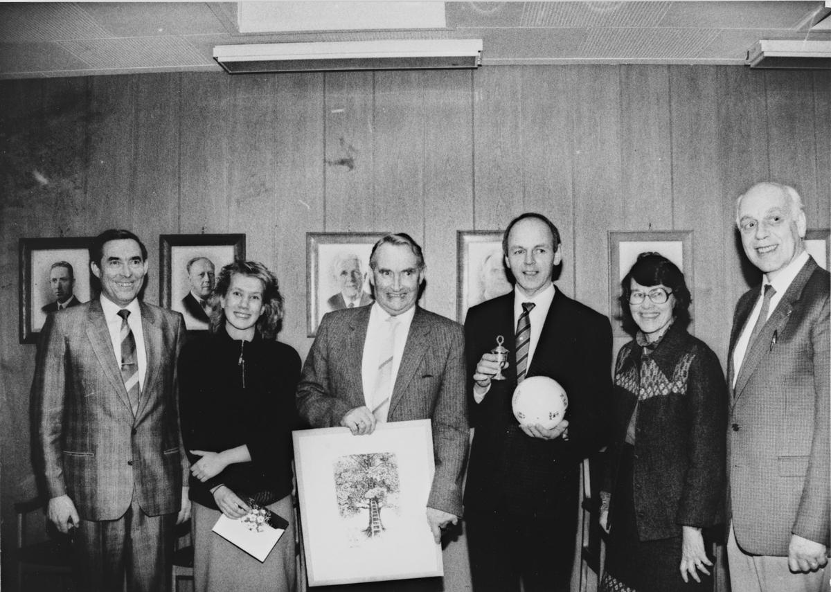 Rolf Evensen fikk Nittedal kommunes kulturpris i 1987 for sitt kristne ungdomsarbeid. Leif Evensen  i Nit/Hak håndballklubb fikk den administrative idrettslederprisen og Hanne Staff (langrenn og orientering) fikk påskjønnelsen til ung aktiv idrettsutøver.