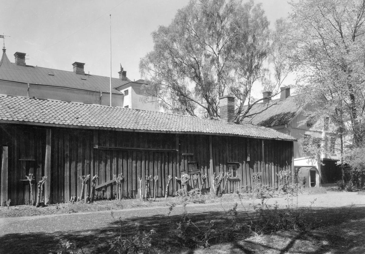 Kvarteret Almen i Karlstad: En av Doktorsgårdens uthuslängor på adressen Älvgatan 9.