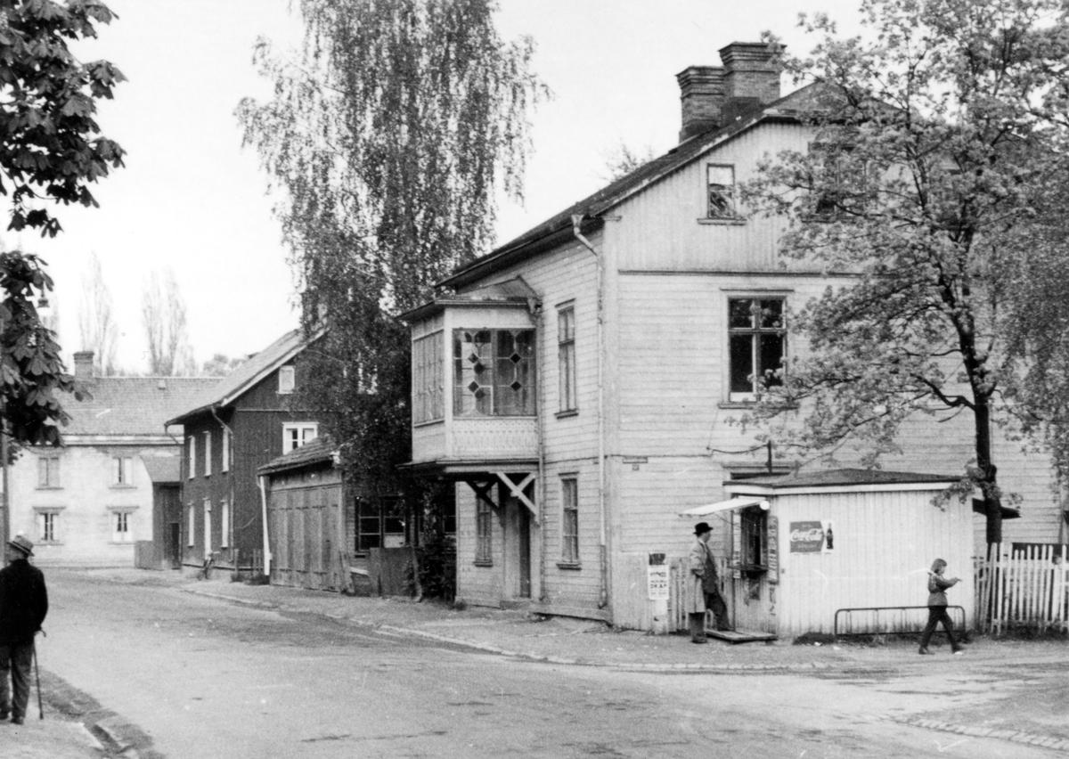 Vikengatan 1, 3 och 5 1957.