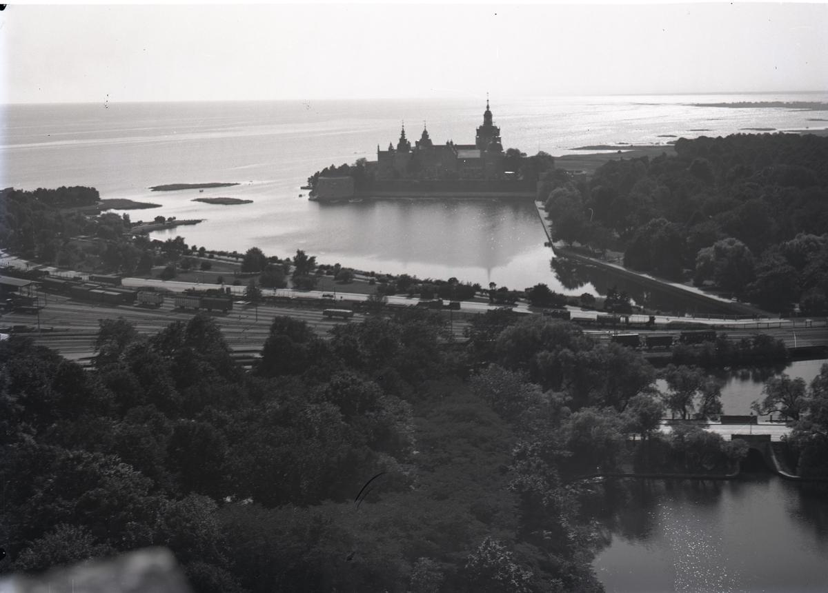 Översiktsbild söderut från gamla vattentornet i Kalmar.