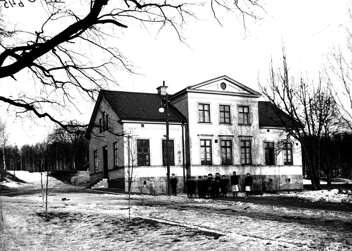 Karlbergsskolan, 1900-1910.