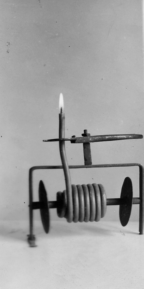 Ljushållare, 1937. Gammelgården