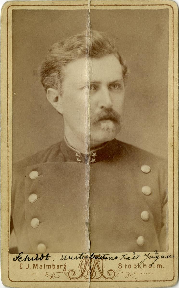Porträtt av Oskar Ferdinand Schildt, löjtnant vid Västerbottens fältjägarkår I XIX.