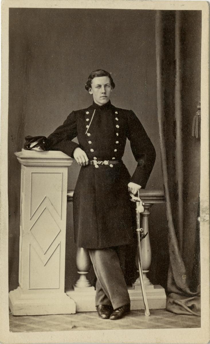 Porträtt av löjtnant Schenström.