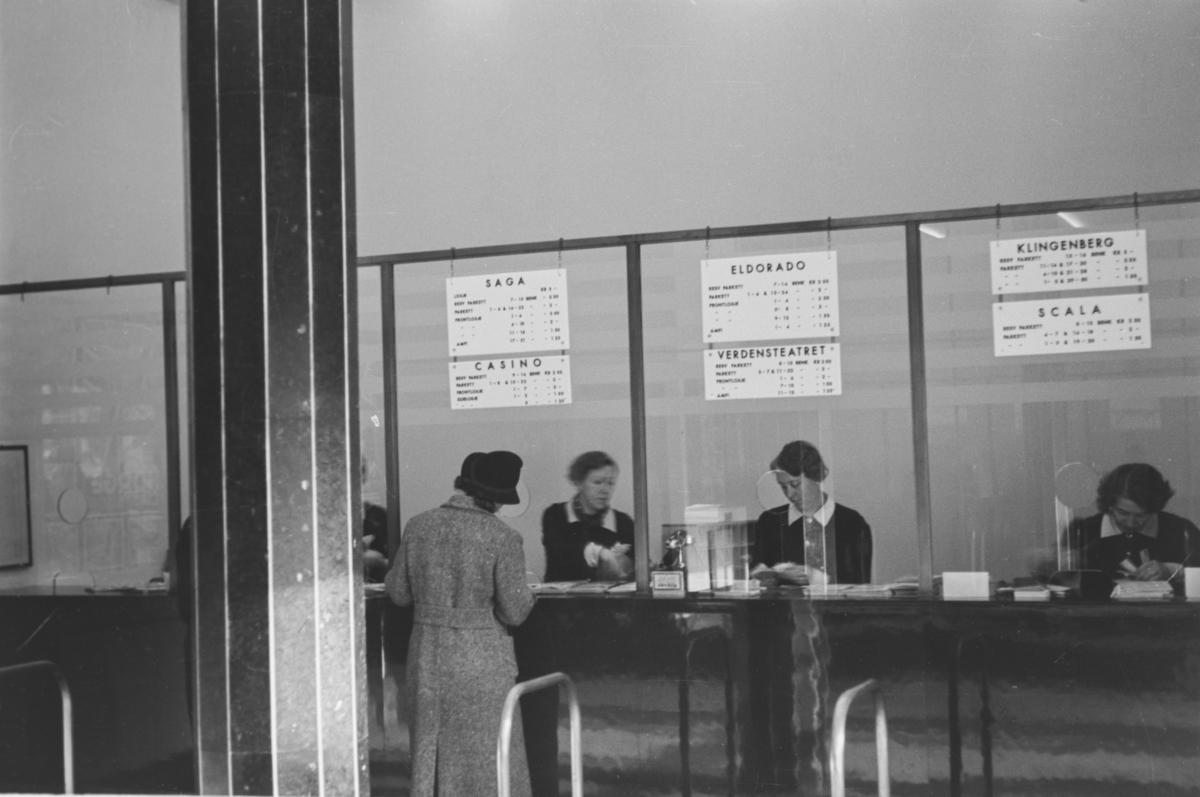Victoria kino, billettskranken.