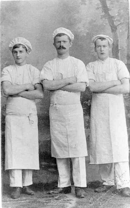 Bakere, fra venstre: Rolf Rasmussen, Andreas Rundevold, Nils Pettersen