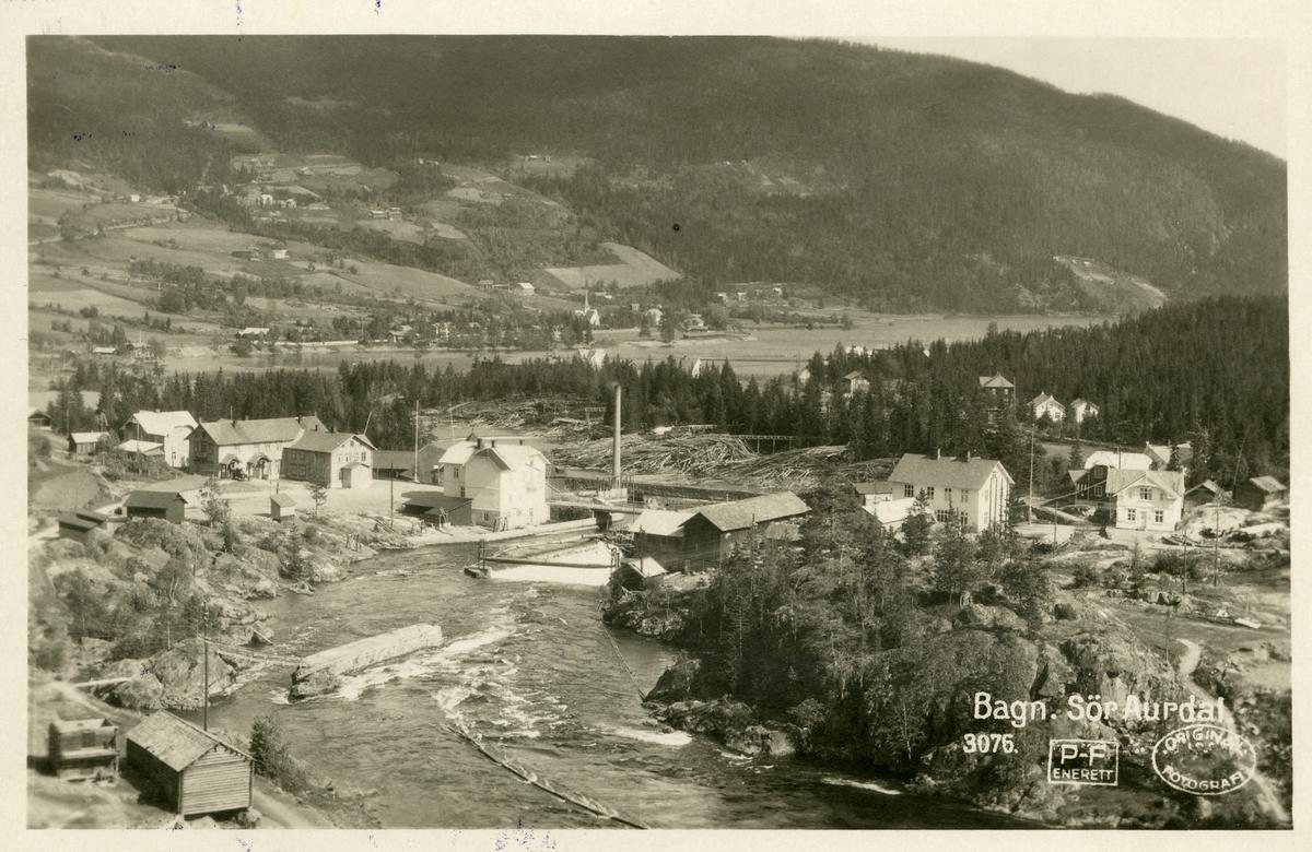 Postkort med motiv fra Bagnskleivene og ned mot sentrum av Bagn.