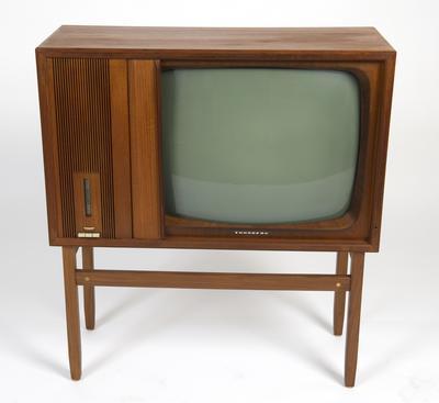 Fjernsynsapparat