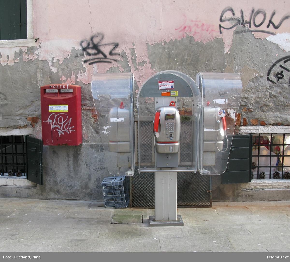 Telefonkiosker i Venezia Italia