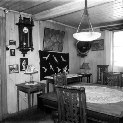 Gunda Eriksens spisestue i Holmengata 5 i Oslo. 1957.