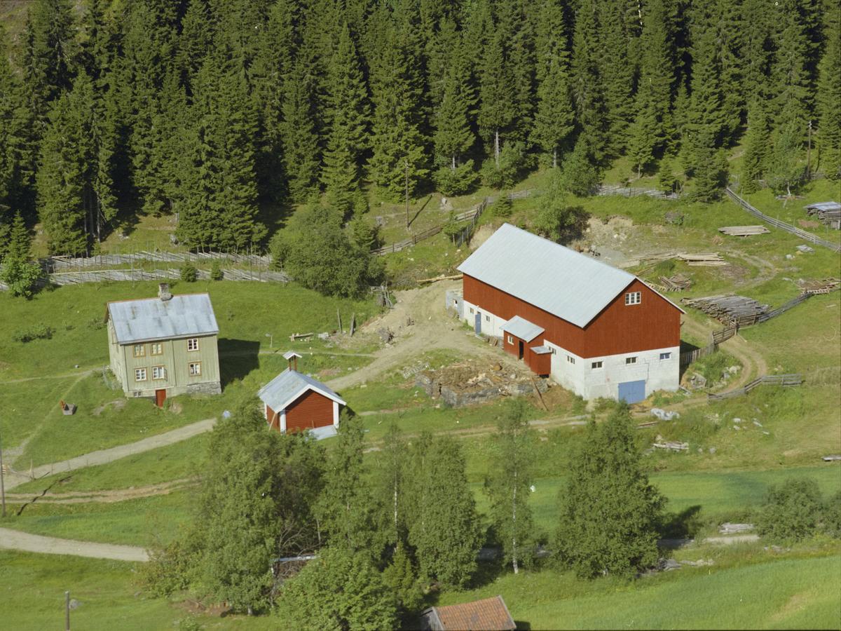 Vottestad eller Wottestad, Vingnes, kulturlandskap, bygninger, gårdsbruk, skog