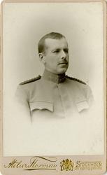 Porträtt av okänd kapten vid Fortifikationen.