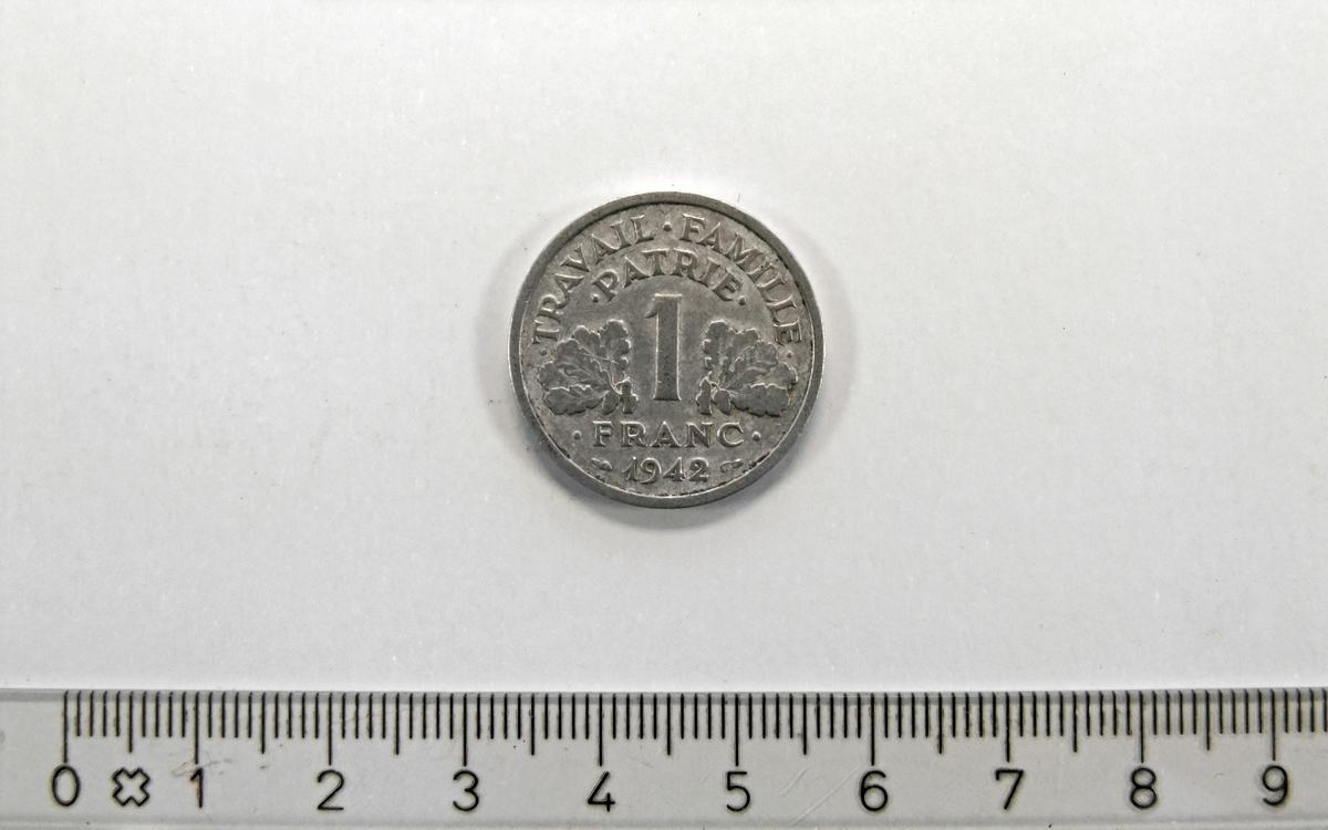 1 Franc,  FRANKRIKE,  1942,  Aluminium.  Form:  Sirkulær