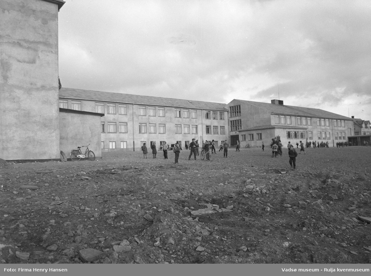 Vadsø 1957. Sentrum skole.