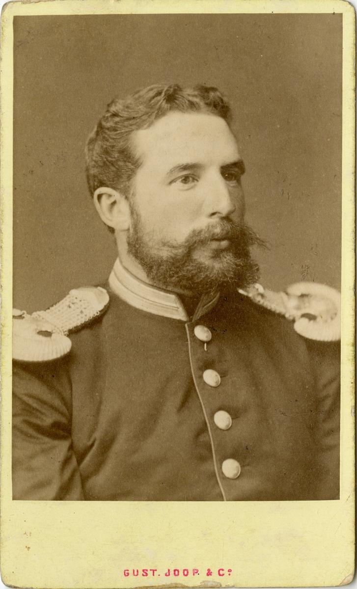 Porträtt av okänd officer vid Svea livgarde I 1.
