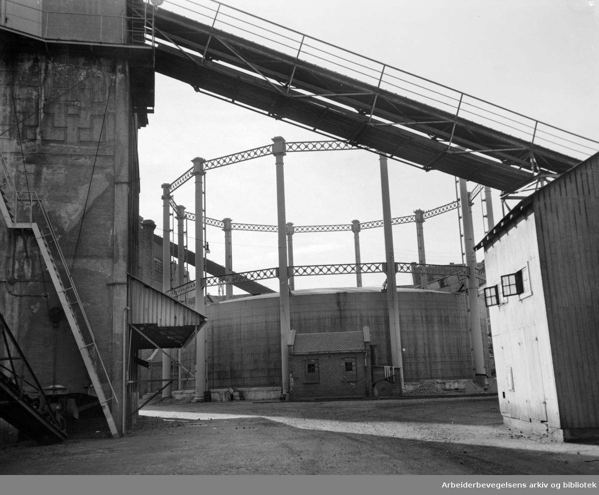 Gassverket. Oktober 1955