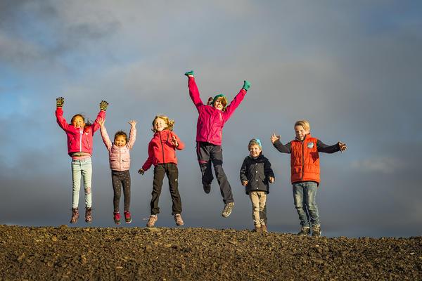 Barn på Slegghauan. Foto/Photo