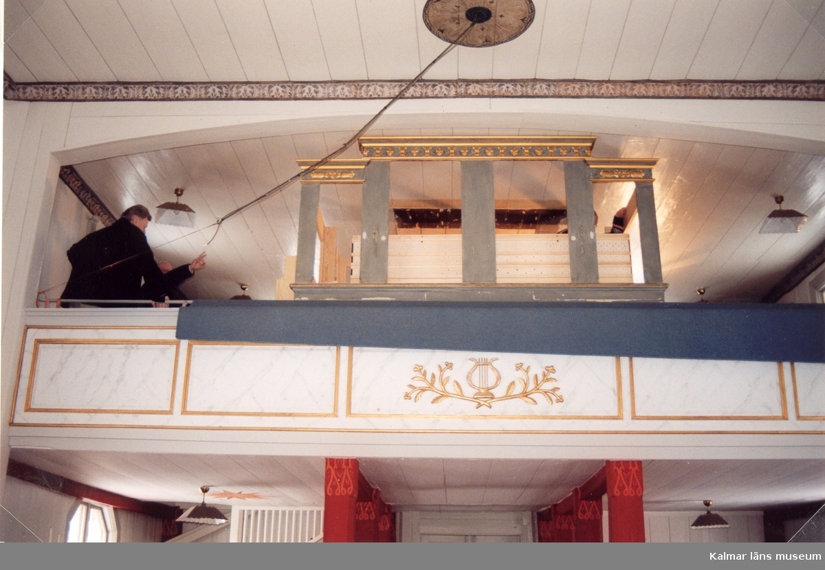 Orgelläktaren i Pelarne kyrka.