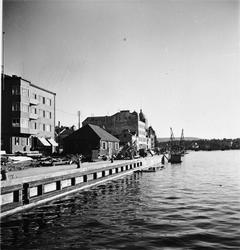 Byggherre: Byggnadsaktiebolaget Contractor, Stockholm. Skepp