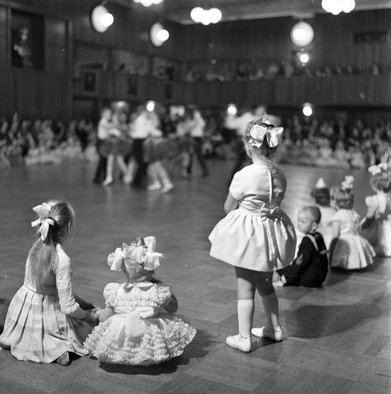 Juleball, Åse og Finns Danseskole, Oslo 1962.