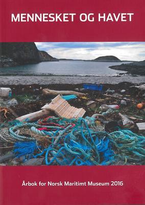Forside til årboka fra 2016, søppel på stranda.