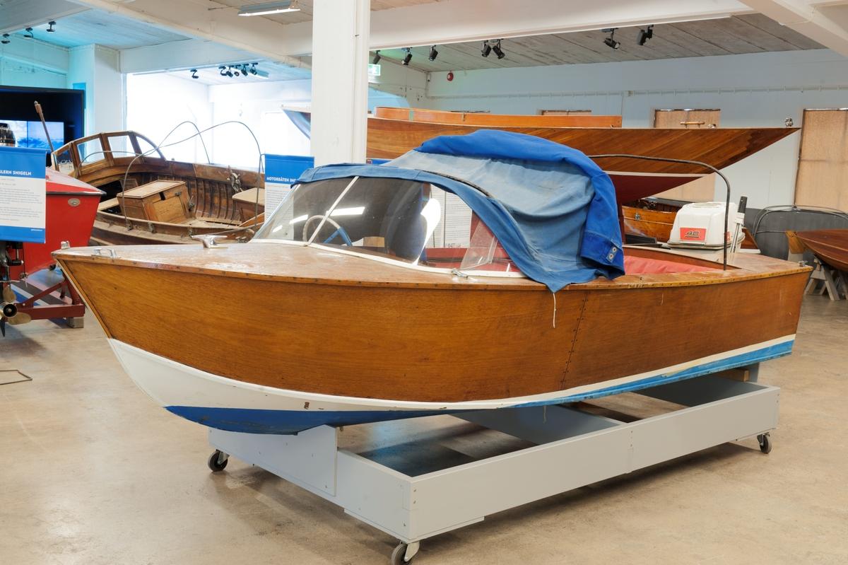 Underbar Motorbåt - Sjöhistoriska museet / DigitaltMuseum CY-46