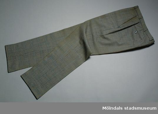 Smårutig grå byxa, tillhörande kostym 03362.