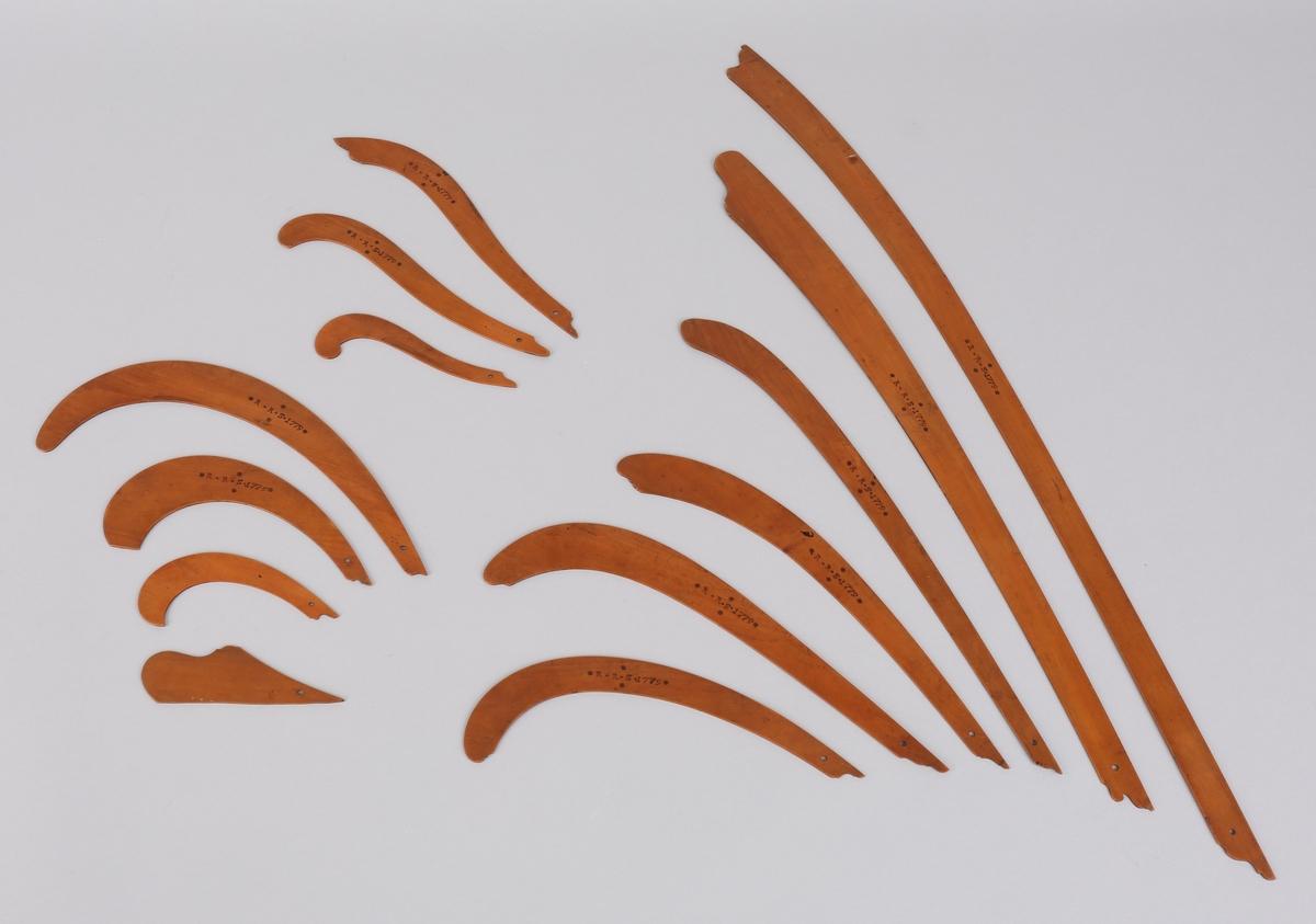 Kurvelinjaler har tilhørt Rasmus Rolfsen, 1779. Ulike typer.