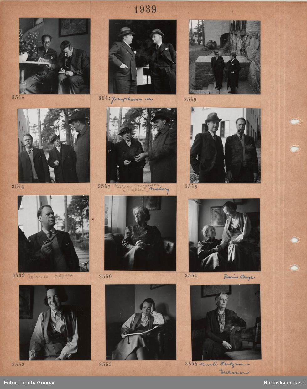 """Motiv: Två män i kostym sitter bredvid varandra, den ene skriver i ett block, två män, """"Josephsson och"""", i kostym och hatt står och samtalar, samma män på yttertrappa av sten, tre män varav en med pipa i munnen, två män, Ragnar Josephson och Wilhelm Moberg, i ytterrrock och hatt, en man, Johannes Edfelt, håller en pipa i handen, äldre kvinna sitter i en fåtölj, yngre kvinna, Karin Boye, sitter på armstödet, porträttbilder av Karin Boye sittande i en fåtölj, kvinna, Gurli Hertzman-Ericson, sitter i en soffa."""