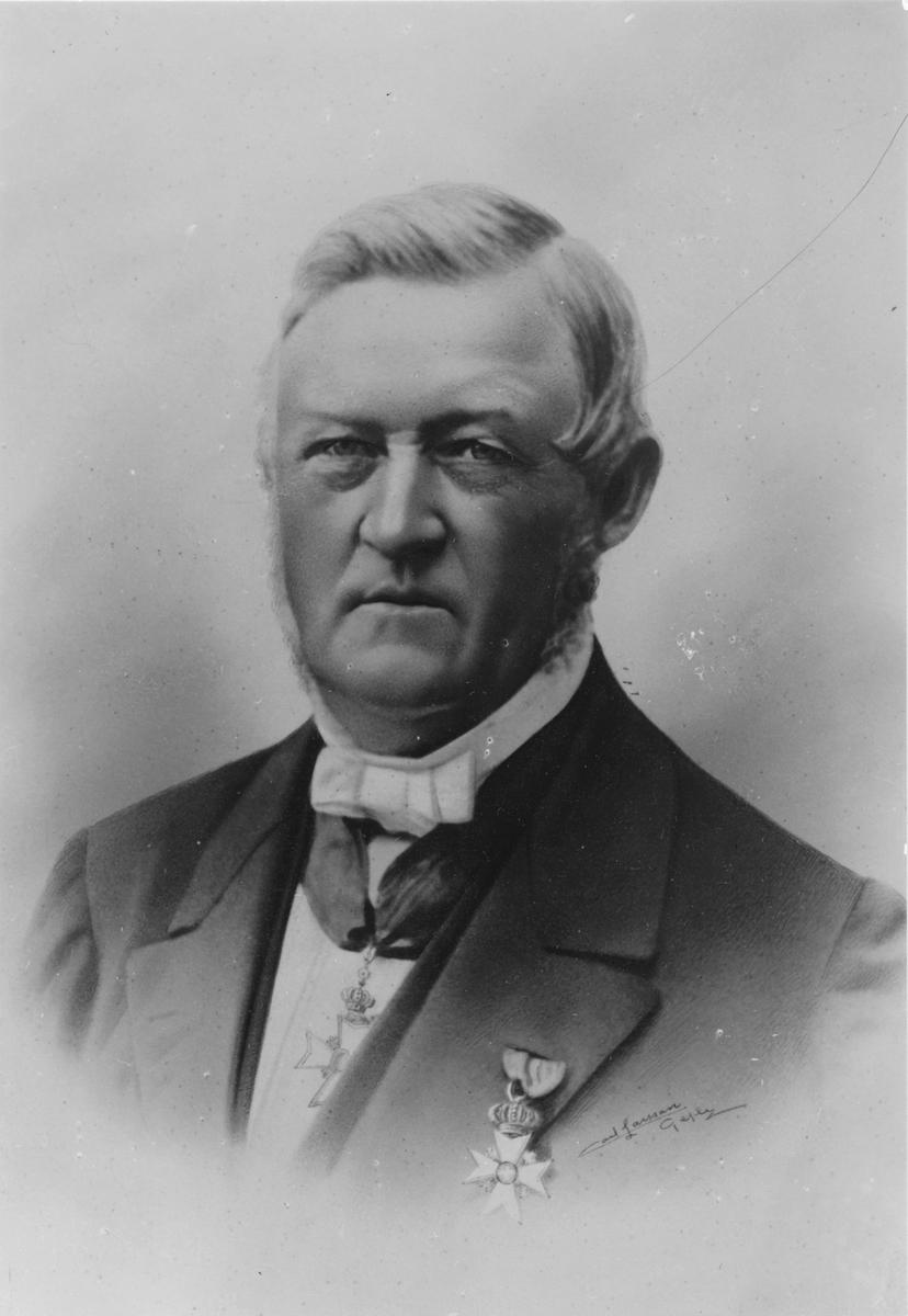 Född i Gnarp 1805, död i Gävle 1888. Affärsman, politiker och donator. Murén var under sin livstid med att starta företag som Gävle Manufaktur, Kornäs Sågverks AB och Gävle Dala Järnväg. 1868 medverkade han även vid rekonstruktionen av Sandvikens Järnverk AB.  Som politiker deltog han i ett flertal riksdagar under perioden 1847-1868 för Borgarståndet,från 1867 i andra kammaren. Murén blev stadsfullmäktiges första ordförande 1863-64 och 1864-69 var han ordförande i Gävleborgs läns landsting. Per Murén var en av Gävles rikaste personer och testamenterade pengar till bla. Borgarskolan.